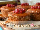 Миниатюра к статье Сливочные ванильные маффины с ягодной начинкой и глазурью