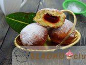 Миниатюра к статье Вкусные мягкие пончики с фруктовым повидлом
