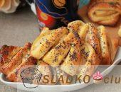 Миниатюра к статье Оригинальные творожные булочки с яблоком и корицей