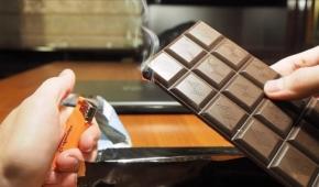 Миниатюра к статье На заметку сладкоежкам: почему горит шоколад и должно ли это вообще происходить?