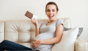 Миниатюра к статье Можно ли есть шоколад во время беременности и когда нельзя? Правила употребления продукта